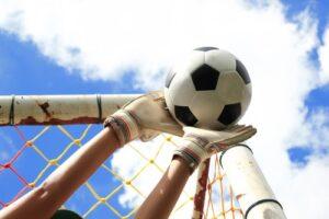 Best Goalkeeper Gloves review - Flexibility
