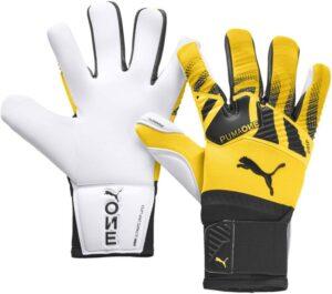 PUMA ONE Grip 1 Hybrid Pro Goalkeeper Gloves
